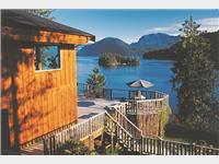 50_westcoast_wilderness_l_cabin_mit_terrasse_aus_jonview.jpg