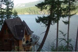 79_cabins_desolation_resort_cabins.jpg